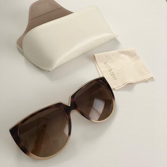 560438bb73b23 Valentino V-shaped Cat Eye Sunglasses Light Brown.  M_5b5f161a04ef50473031a5ff